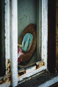 """Artur Brocki. Wystawa fotografii """"Ocalić od zapomnienia"""" @ Arka Cafe"""